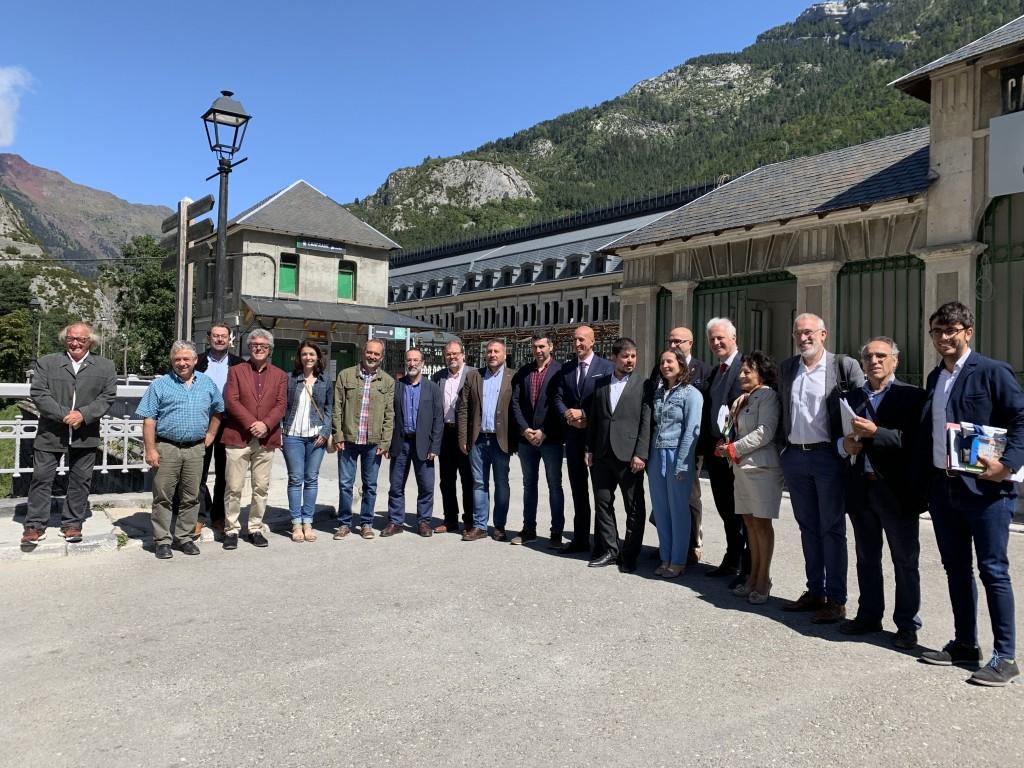 Camino de Santiago, alcalde Estella, en Canfranc, 6-9-19